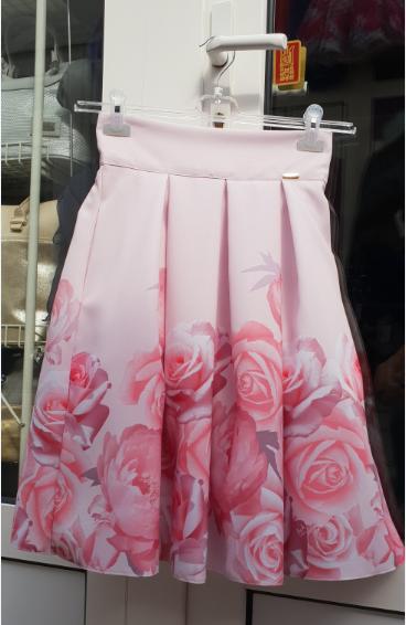 5ecbc3ff34de Dámske spoločenské sukne krátka AA kvety